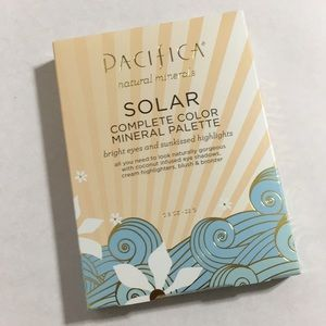 NEW Pacifica Natural Minerals Solar Palette